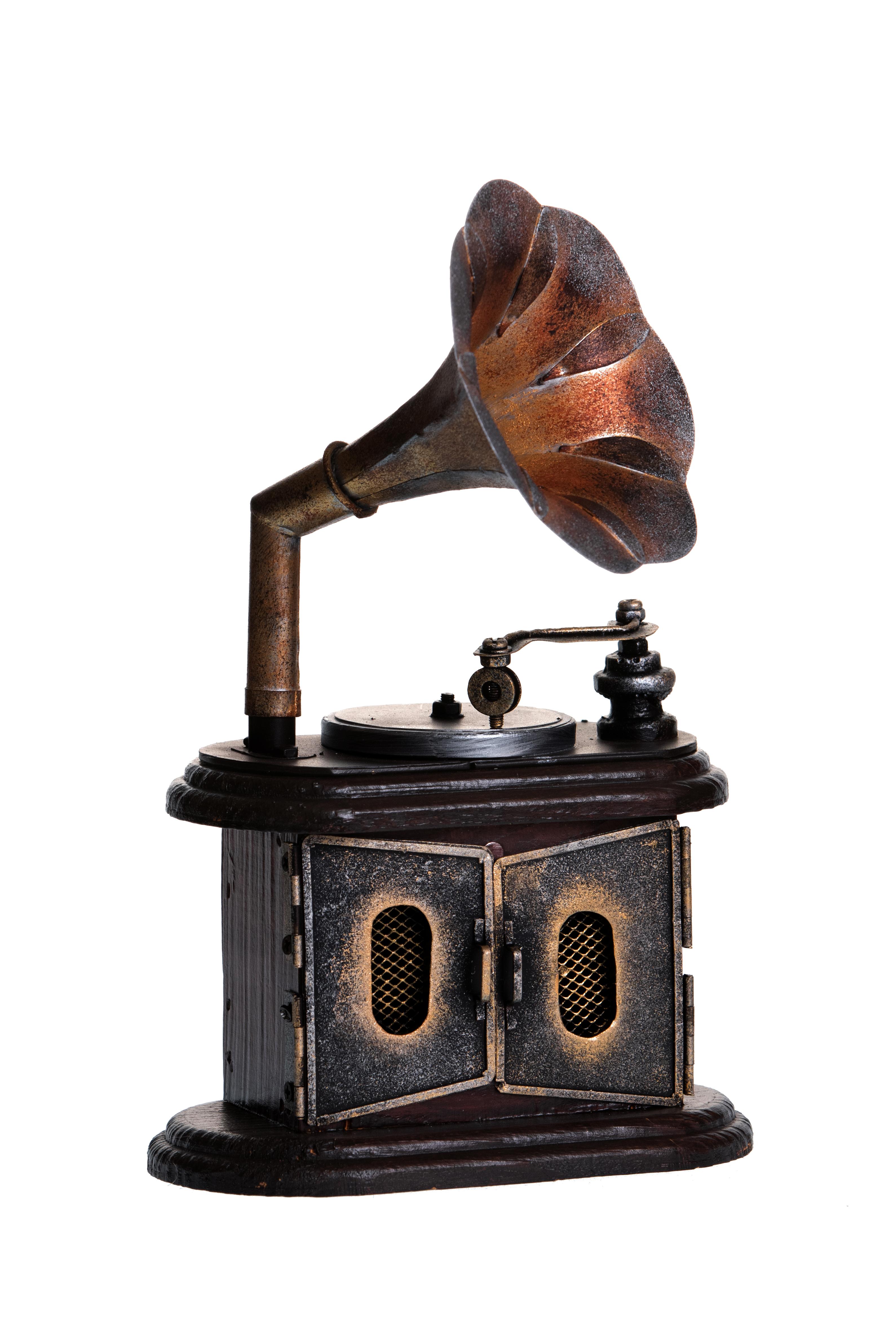retro shkatulka gramofon